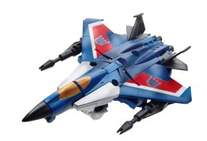 Gen-Legends-Thundercracker-jet_1403381112