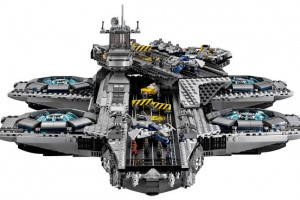 LEGO-USC-Shield-Helicarrier-Age-Or-Ultron-Marvel-Super-Heroes2