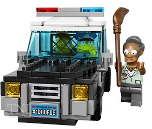 LEGO_Simpsons_Kwik-E-Mart_7101608__scaled_600