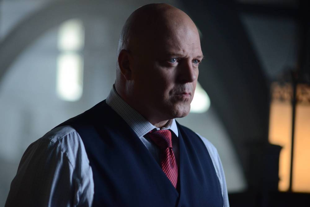 TV REVIEW: Gotham 2.4 - Strike Force