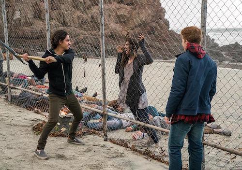 TV REVIEW: Fear the Walking Dead Season 2, Episode 2 - We All Fall Down